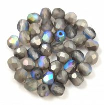 Cseh csiszolt golyó gyöngy - crystal matte graphite rainbow - 4mm