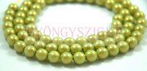 Cseh préselt golyó - pastel green golden shine -8mm