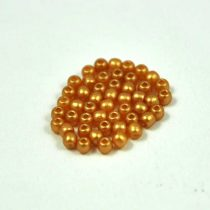 Cseh préselt golyó gyöngy - pastel gold - 2mm