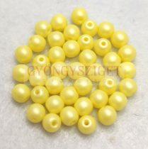 Cseh préselt golyó gyöngy - Silk Satin Yellow - 4mm