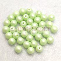 Cseh préselt golyó gyöngy - Silk Satin Light Green - 3mm