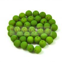 Cseh préselt golyó gyöngy -  silk satin green pea -4mm
