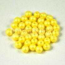 Cseh préselt golyó gyöngy - luminous pastel yellow - 6mm - 100db