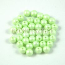 Cseh préselt gyöngy -  luminous pastel light green - 4mm