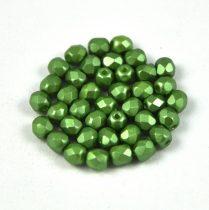 Cseh csiszolt golyó gyöngy - pastel green - 4mm