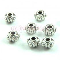 Fémgyöngy - golyó - Dots - platina színű - 8x5mm