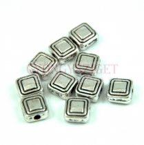 Fémgyöngy - square- platina színű - 6mm