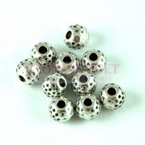 Fémgyöngy - golyó - Dots - platina színű - 6mm