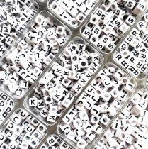 """Betű gyöngy - műanyag fűzhető kocka - 6mm - """"L"""""""