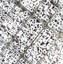 """Betű gyöngy - műanyag fűzhető kocka - 6mm - """"Z"""""""