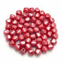 Cseh üveg gyöngy - Bicone - 4mm - Red Luster