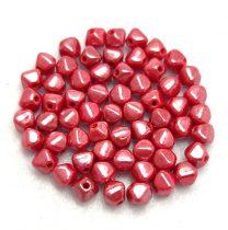 Cseh préselt üveg gyöngy - Bicone - 4mm - Red Luster