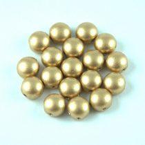 Candy - Cseh préselt kétlyukú gyöngy - Light Gold Matte - 6mm
