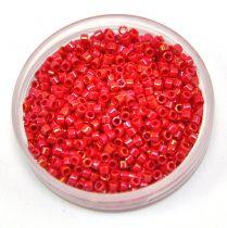 Miyuki delica gyöngy 0214 - Opaque Red AB - 11/0