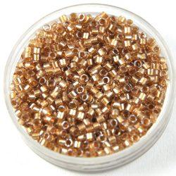 Miyuki delica gyöngy 0907 - fényes bézs közepű kristály - 11/0