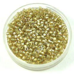 Miyuki delica gyöngy 1766 - fényes pasztelzöld közepű kristály ab