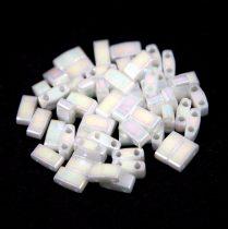 Miyuki Fél Tila japán üveggyöngy - 471 - pearl lustered white ab - size: 2.5x5mm - 50g