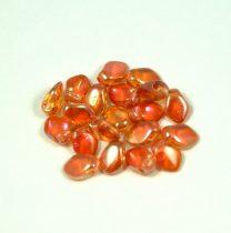 Gekko - cseh préselt szirom gyöngy - Crystal Apricot Medium - 3x5mm