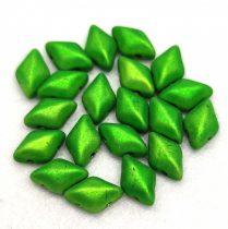 Gemduo cseh préselt üveggyöngy - Metalust Apple Green Mat - 5x8 mm