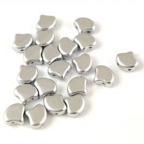Ginko - cseh préselt kétlyukú gyöngy - Aluminium Matt - 7.5 x 7.5 mm