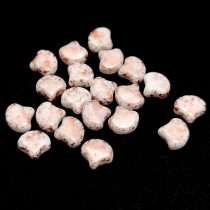 Ginko - cseh préselt kétlyukú gyöngy - White Copper Patina - 7.5 x 7.5 mm