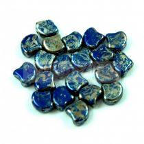 Ginko - cseh préselt kétlyukú gyöngy - Opaque Royal Blue Rembrandt - 7.5 x 7.5 mm