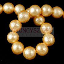 Kagyló gyöngy - Etched Gold - 10mm - szálon