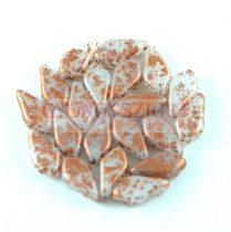 Kite - cseh préselt kétlyukú gyöngy – Opal White Copper Patina - 9x5mm