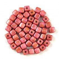 Cseh üveg gyöngy - Kocka - 4mm - Alabaster Rose Terracotta