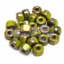 Matubo - 3-cut seedbead - Green Picasso - 2/0