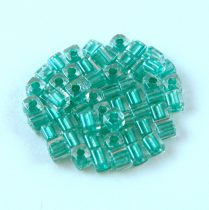 Miyuki kocka gyöngy - 2605 - Aqua Green Lined Crystal - 3mm