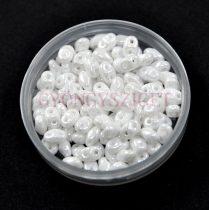 Superduo cseh préselt kétlyukú gyöngy - 2.5x5mm - Pearl shine white