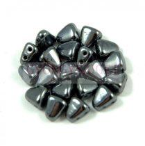Nib-Bit - Cseh préselt kétlyukú gyöngy - 6x5mm - Hematit