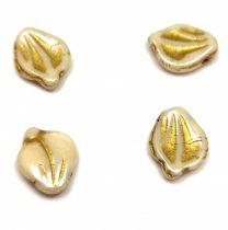 Préselt virágszirom gyöngy - Peony Petal - 12x15mm - Light Beige Gold
