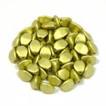 Cseh préselt Pinch gyöngy - light green metallic satin - 5x3mm