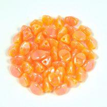 Cseh préselt Pinch gyöngy - peach luster - 5x3mm