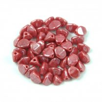 Cseh préselt Pinch gyöngy - Opaque Red Luster - 5x3mm
