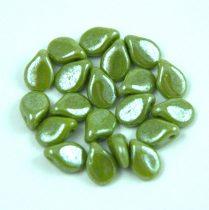 Pip cseh préselt üveggyöngy - Pea Green Luster - 5x7mm