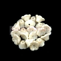 Cseh préselt virág gyöngy - harangvirág - Alabaster Matt - 7x5mm