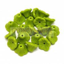 Cseh préselt virág gyöngy - harangvirág - Green Pea - 7x5mm