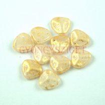 Préselt rózsaszirom gyöngy - Rose Petal - Alabaster Gold Patina - 8x7mm