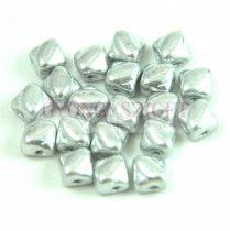 Silky gyöngy - Silver - 5x5mm