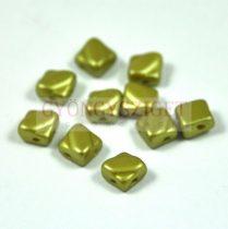 Silky gyöngy - pastel light olivin - 6x6mm