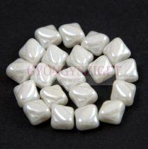 Silky gyöngy - White Luster - 5x5mm