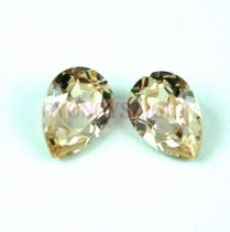 Swarovski pear - 14x10mm - Light Silk