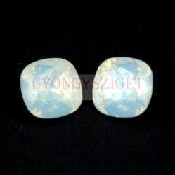 Swarovski round square - white opal - 12mm