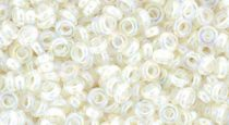 Toho demi round gyöngy - 777 - Cream Lined Rainbow Crystal - 8/0