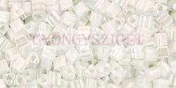 Toho háromszög gyöngy - 121 - White Luster - 11/0