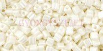 Toho háromszög gyöngy - 122 - Navajo White Luster - 11/0
