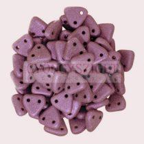 Cseh kétlyukú háromszög gyöngy - Matt Metallic Purple -6mm